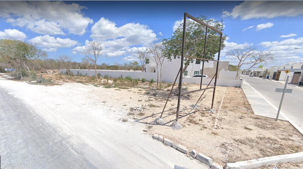 Foto Terreno en Venta en  Pueblo Dzitya,  Mérida  Terreno en venta en merida, yucatan. Dzitya en esquina con servicios