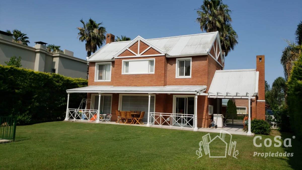 Foto Casa en Venta en  Funes,  Rosario  Funes Hills San Marino