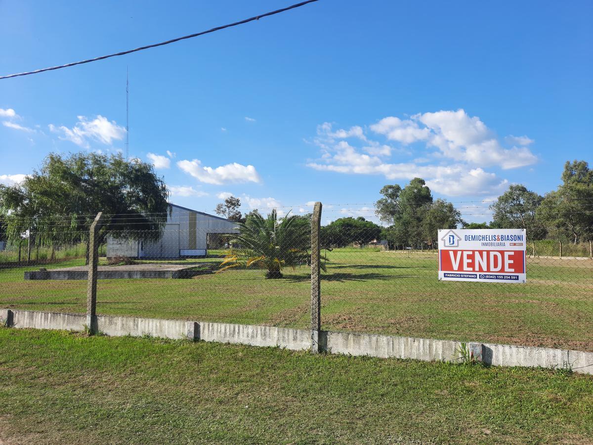 Foto Galpón en Venta en  La Guardia,  Colastine  INMEJORABLE GALPON SOBRE RUTA 168