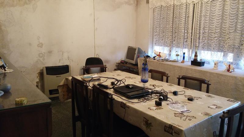 Foto Casa en Venta en  Moron Sur,  Moron  campos salles al 2700