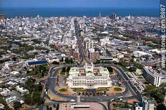 Foto Terreno en Venta en  Aguada ,  Montevideo  Terreno para proyecto VIS a 200 metros del Palacio Legislativo