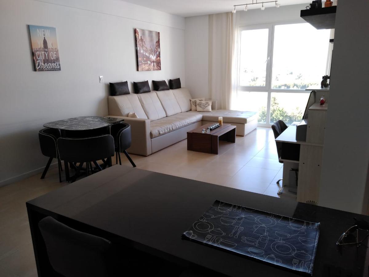 Foto Departamento en Venta en  Wyndham Condominios,  Bahia Grande  Condominio de la Bahia, Departamento de 2 ambientes con cochera y baulera, Av. del Puerto al 200