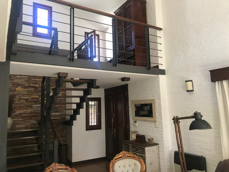Foto Casa en Venta en  Parque Miramar,  Montevideo  Hermosa casa en Parque Miramar