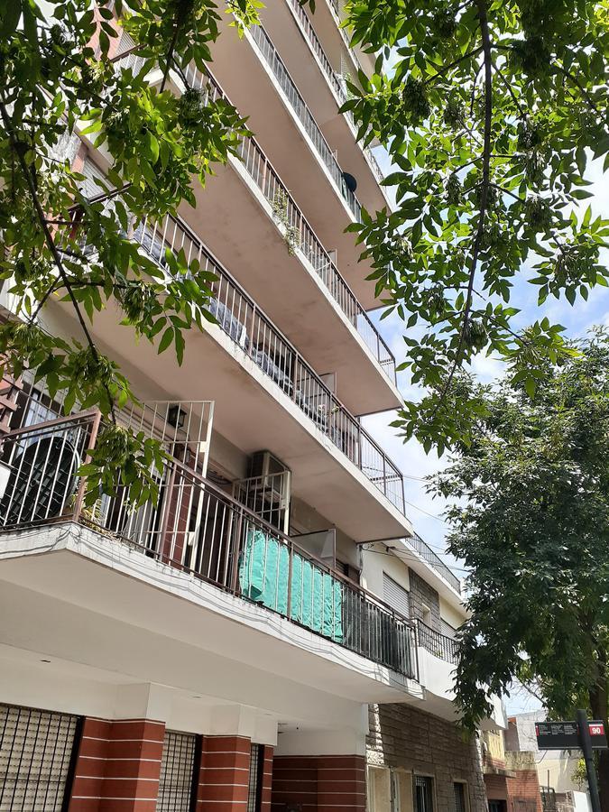 Foto Departamento en Venta en  Villa Ortuzar ,  Capital Federal  Charlone al 2000