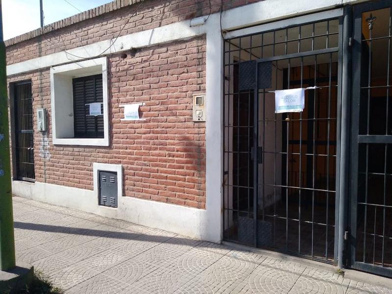 Foto Local en Alquiler en  Capital ,  Tucumán  Viamonte al 2300