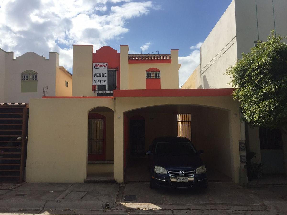 Foto Casa en Venta en  Fraccionamiento Acueducto,  Culiacán  FRACC. ACUEDUCTO