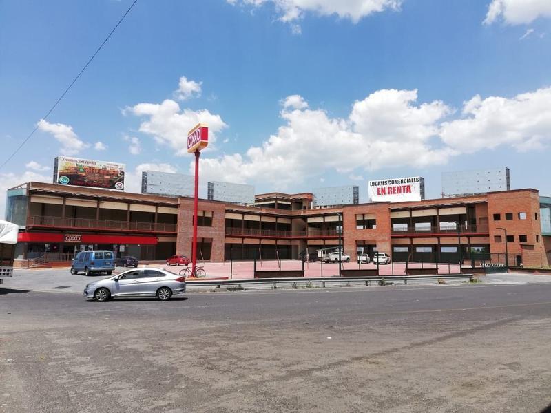 Foto Local en Renta en  Xonacatlán ,  Edo. de México  Locales en Renta, Plaza RIO, Carr. Toluca-Naucalpan.