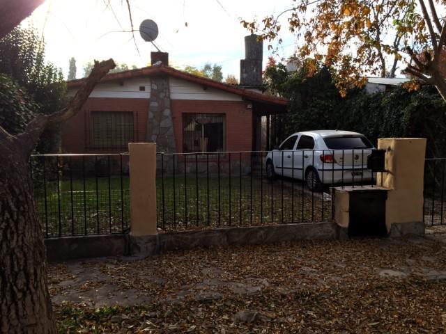 Foto Casa en Alquiler en  Moreno,  Moreno  Cuvier al 1200 - Chalet - Moreno - Lado sur