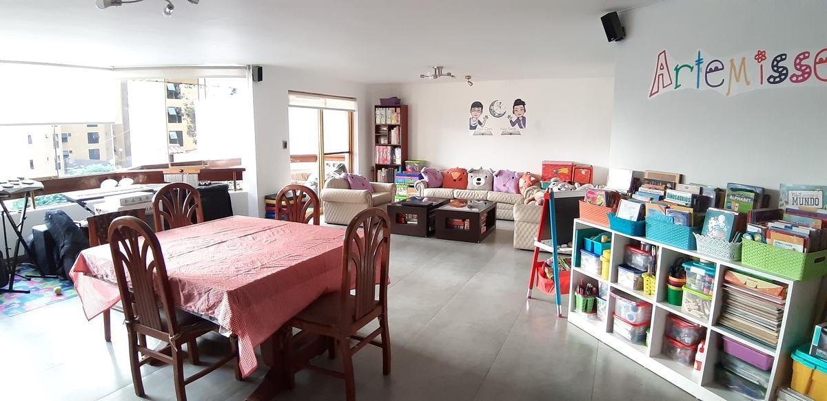 Foto Departamento en Venta en  San Isidro,  Lima  Calle Los Sauces