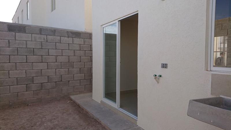 Foto Casa en condominio en Renta en  Querétaro ,  Querétaro  RENTA DE  CASA EN   CONDOMINIO VERONA