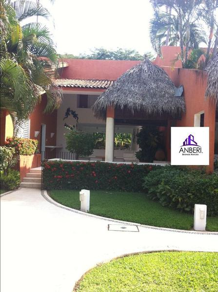 Foto Casa en condominio en Venta en  Club de golf Ixtapa,  Zihuatanejo de Azueta  Club de golf Ixtapa