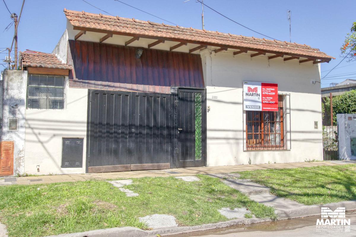 Foto Casa en Venta en  Mart.-Fleming/Panam.,  Martinez  Cuyo al 2300