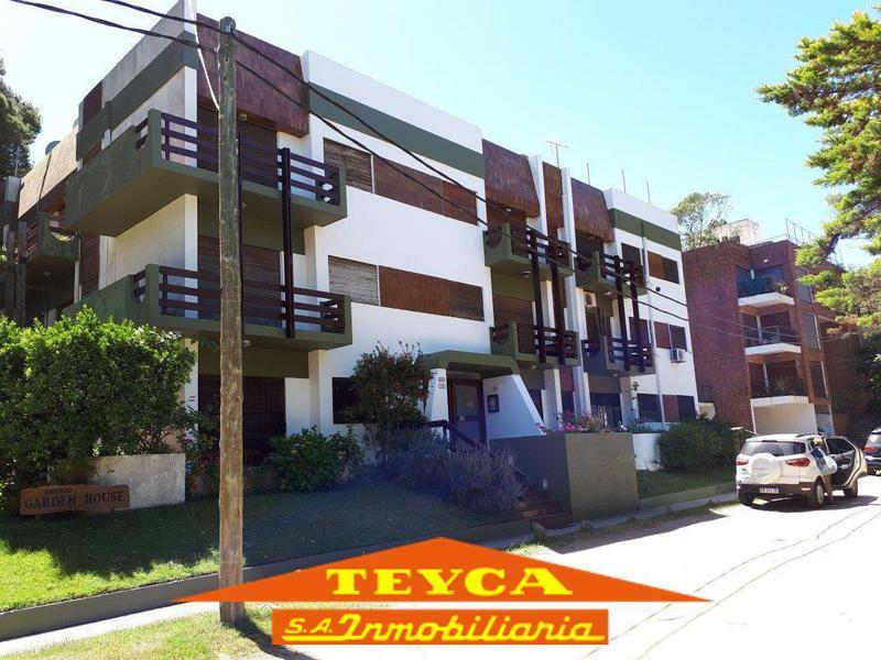 Foto Departamento en Alquiler temporario en  Pinamar ,  Costa Atlantica  Simbad el Marino 724