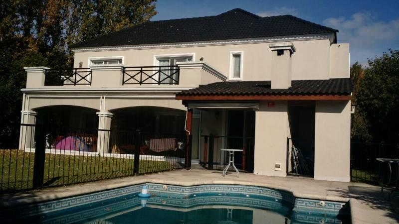 Foto Casa en Alquiler en  La Alameda,  Nordelta  Alameda 4780
