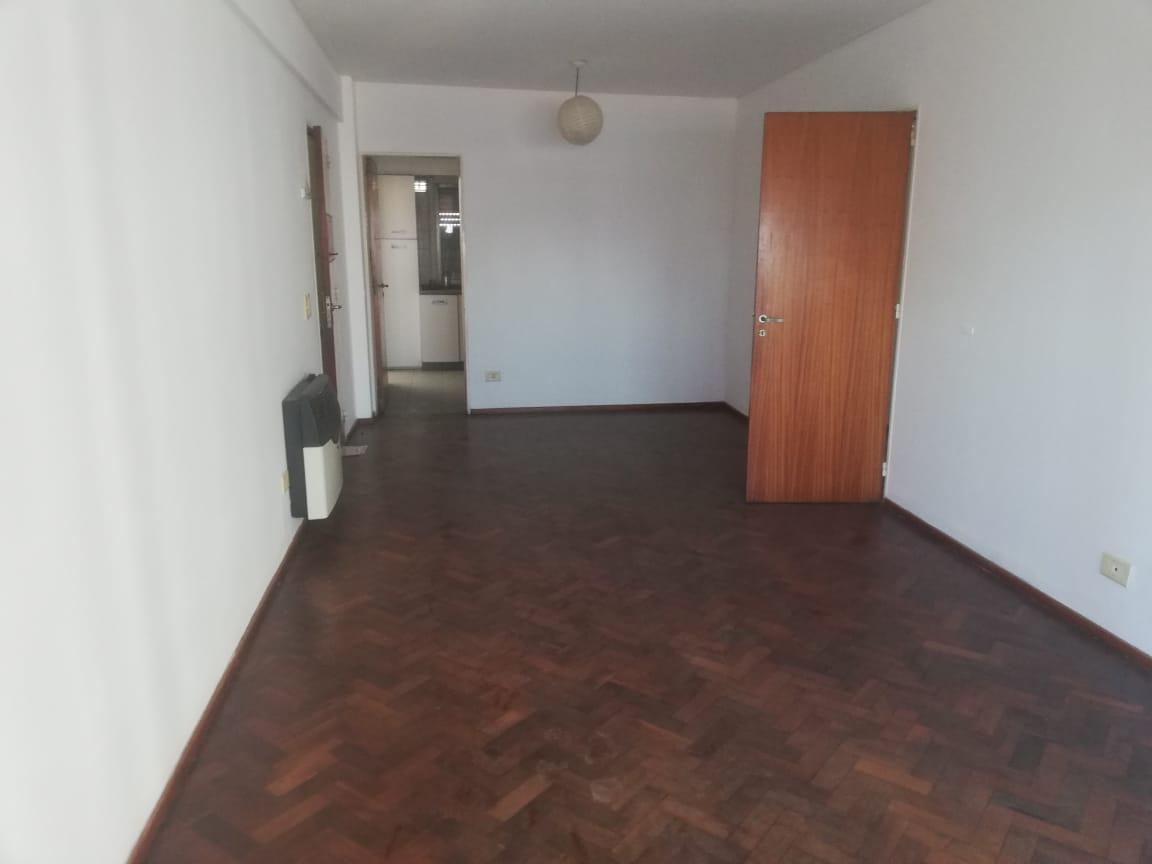 Foto Departamento en Venta en  Centro,  Santa Fe  San Jeronimo 1796 Piso 4 dto B