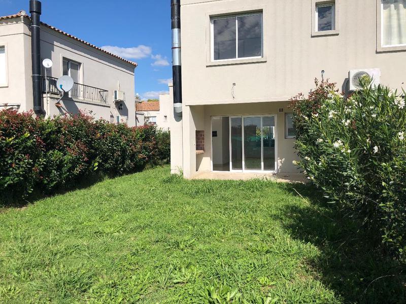 Foto Departamento en Venta en  La Angélica,  Countries/B.Cerrado (Pilar)  La Angelica Duplex en venta