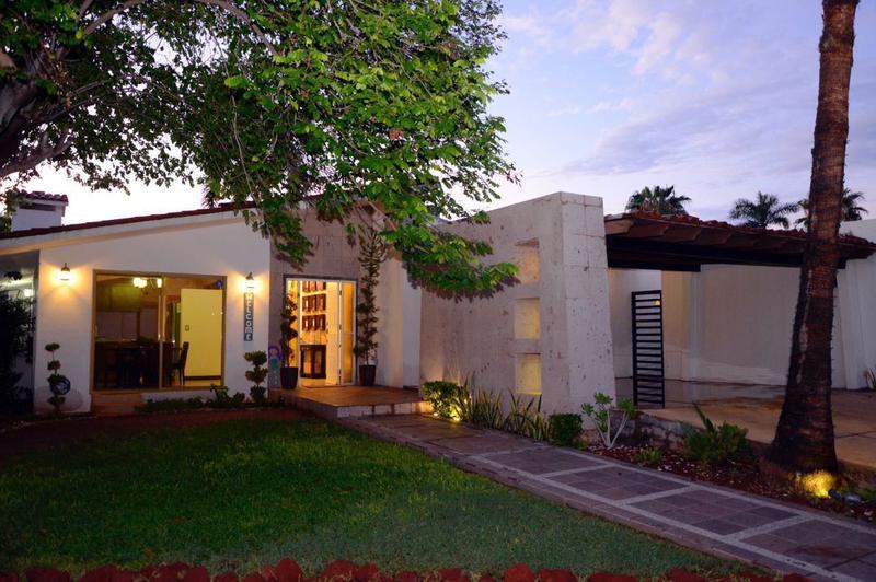 Foto Casa en Venta en  Rancho o rancheria San Carlos Nuevo Guaymas,  Guaymas  CASA DE PLAYA VENTA EN COUNTRY CLUB EN SAN CARLOS