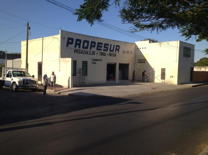 Foto Local en Renta en  Hidalgo ,  Michoacán  LOCAL CON OFICINAS EN JUAN PABLO II