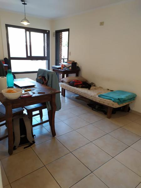 Foto Departamento en Venta en  Nueva Cordoba,  Cordoba Capital  Departamento de 1 dormitorio  en venta en edificio Nazareno I. Con balcón.