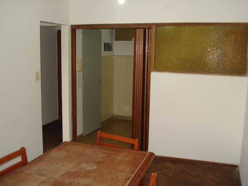 Foto Departamento en Alquiler en  Centro,  Rosario  Urquiza al 1300