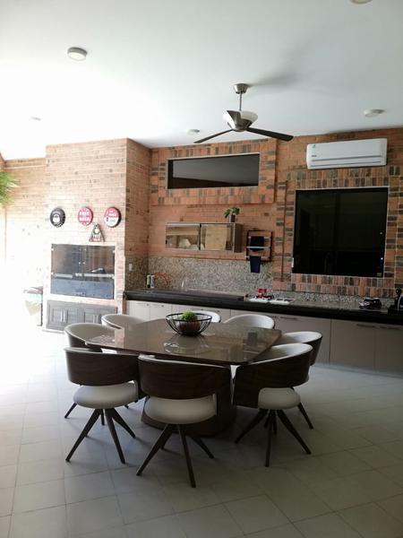Foto Casa en Venta en  Manorá,  Santisima Trinidad  Manorá