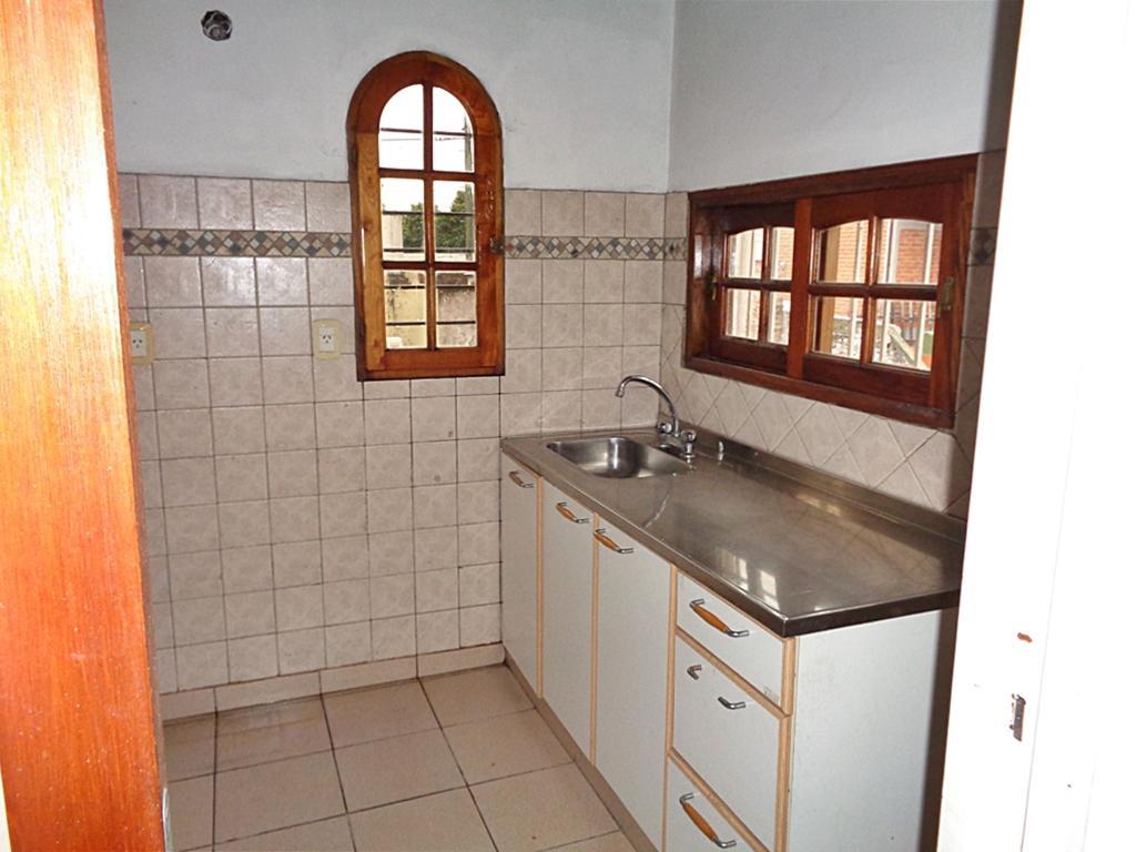 Foto Casa en Venta en  Boulogne,  San Isidro  Wilde al 3000