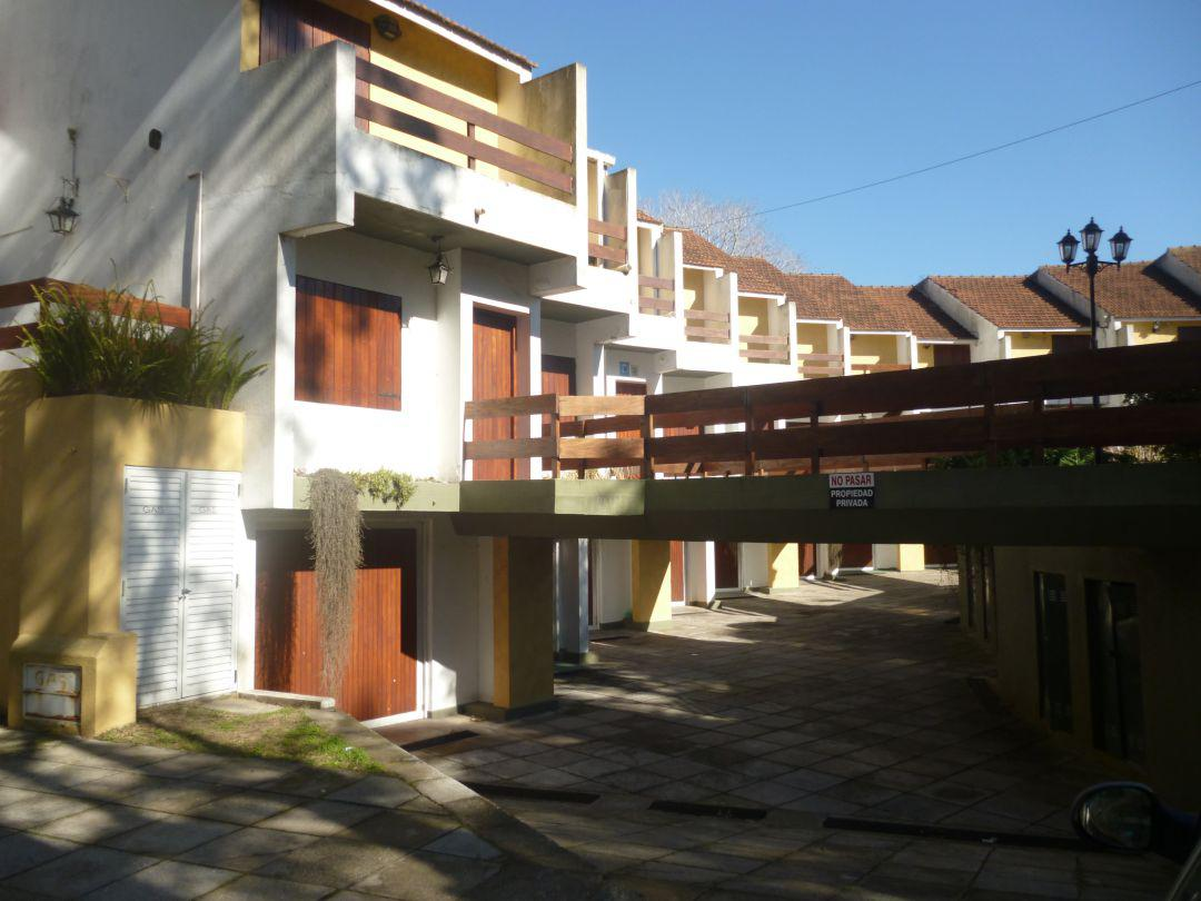 Foto PH en Venta en  San Bernardo Del Tuyu ,  Costa Atlantica  Av. Mitre 2442 - San Bernardo