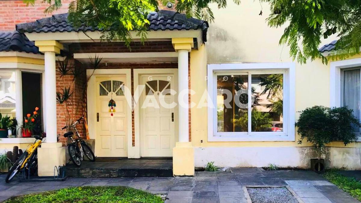 Foto Casa en Venta en Gorostiaga al 1700, G.B.A. Zona Oeste | Ituzaingó | Ituzaingó