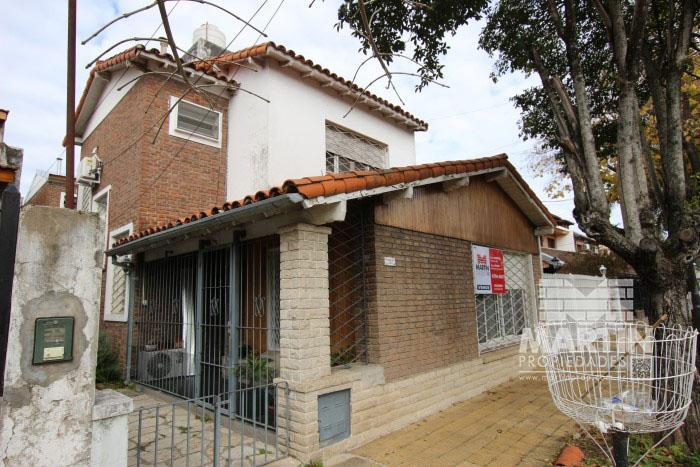Foto Casa en Venta en  Mart.-Santa Fe/Fleming,  Martinez  LIBERTAD al 300