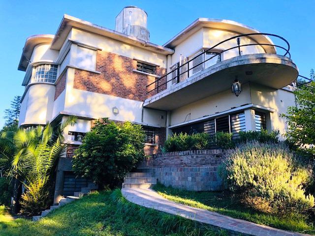 Foto Casa en Venta en  Castelar Norte,  Castelar  Sta. Rosa al 200