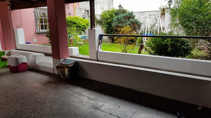 Foto PH en Venta en  Mataderos ,  Capital Federal  Albariño al 1300 Tipo casa Ph 3 ambientes con cochera, jardín parquizado y terraza libre