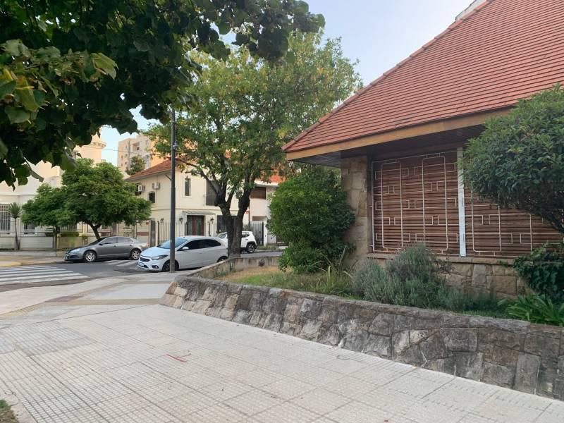 Foto Casa en Alquiler en  Villa Devoto ,  Capital Federal  Joaquin V. Gonzalez al 4000