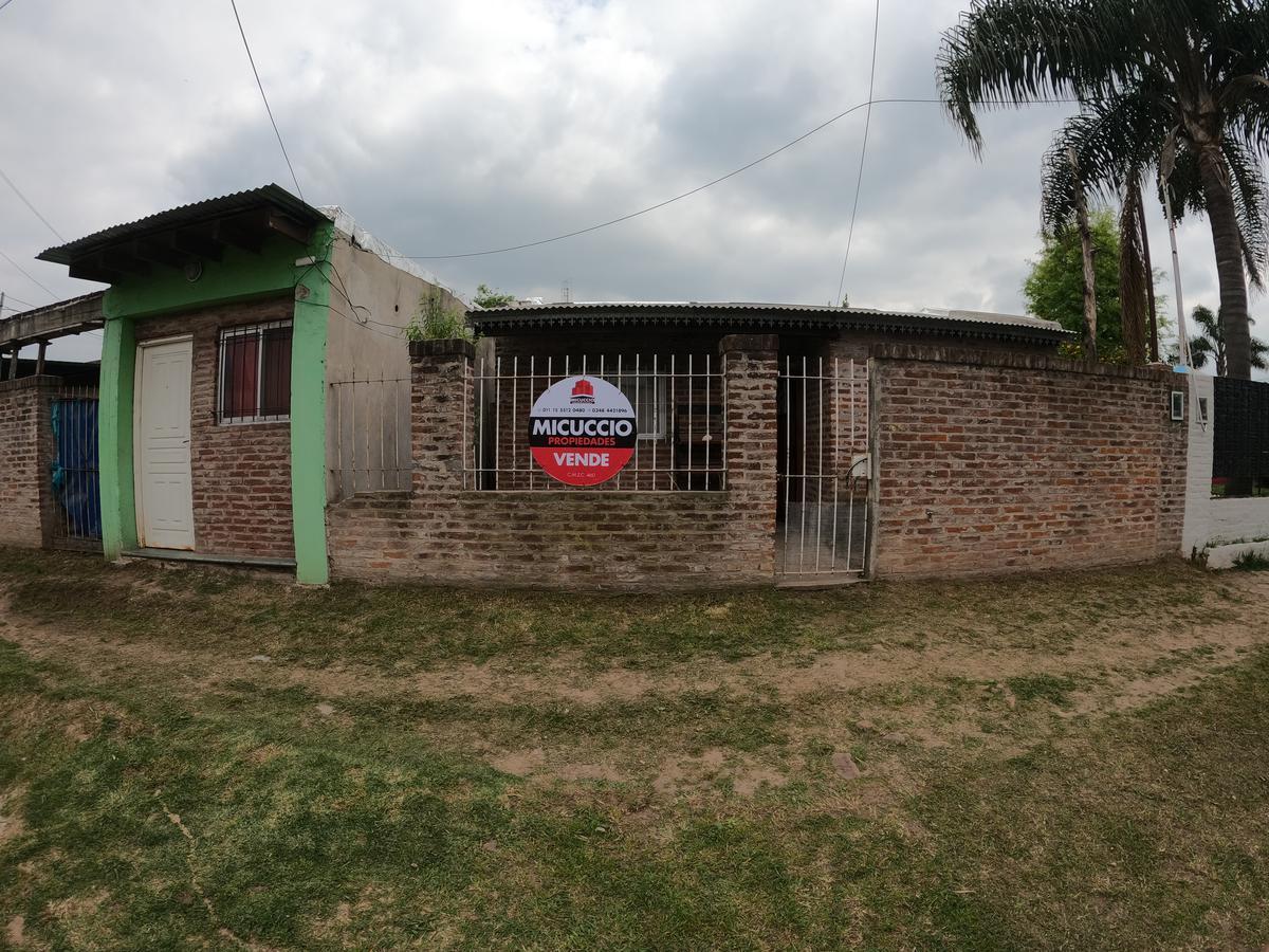 Foto Casa en Venta en  Esc.-Centro,  Belen De Escobar  Asborno 1330