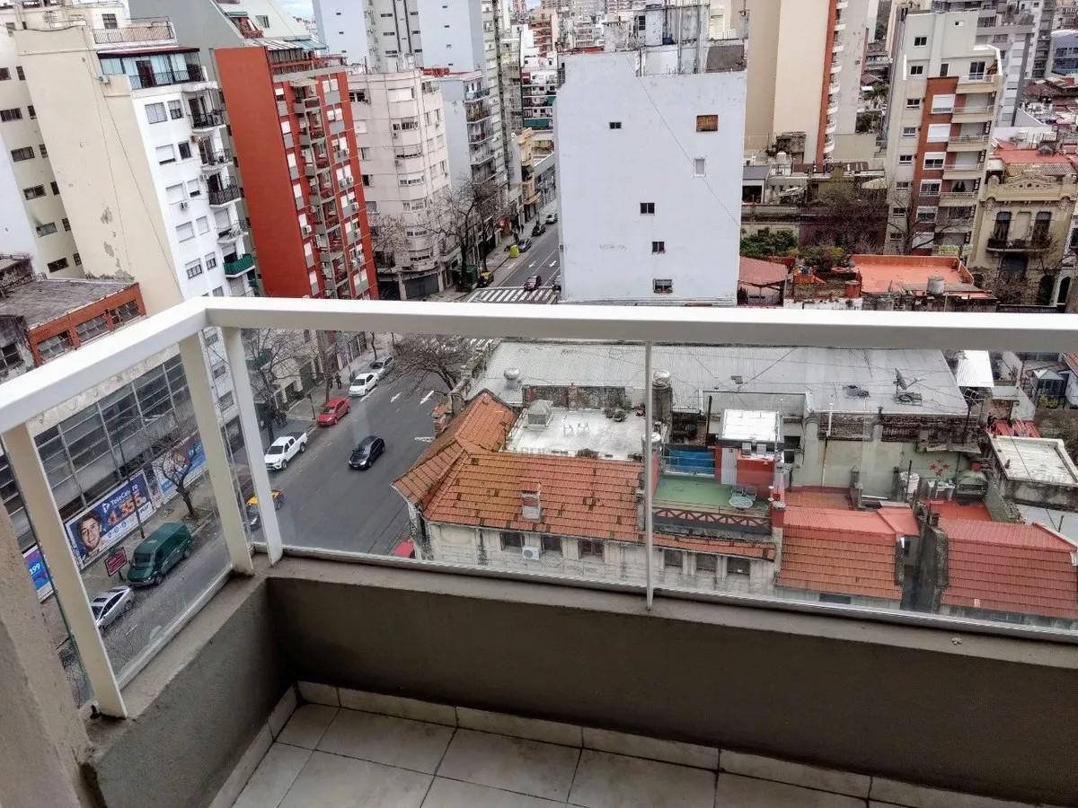 Foto Departamento en Alquiler temporario en  Almagro ,  Capital Federal  AV. DÍAZ VELEZ 4200 10°
