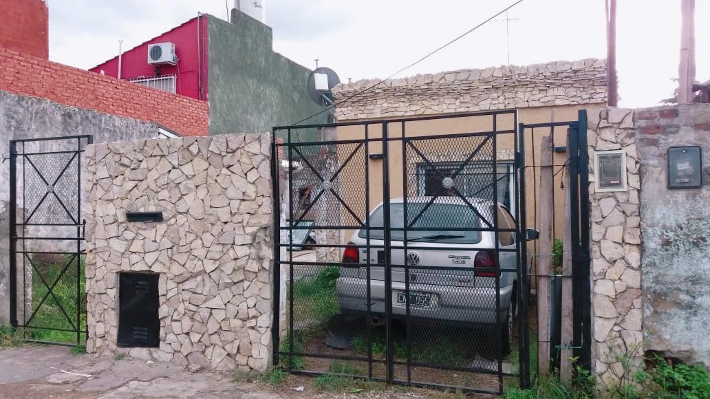 Foto Casa en Venta en  Moron,  Moron  Av. Don Bosco al 5900