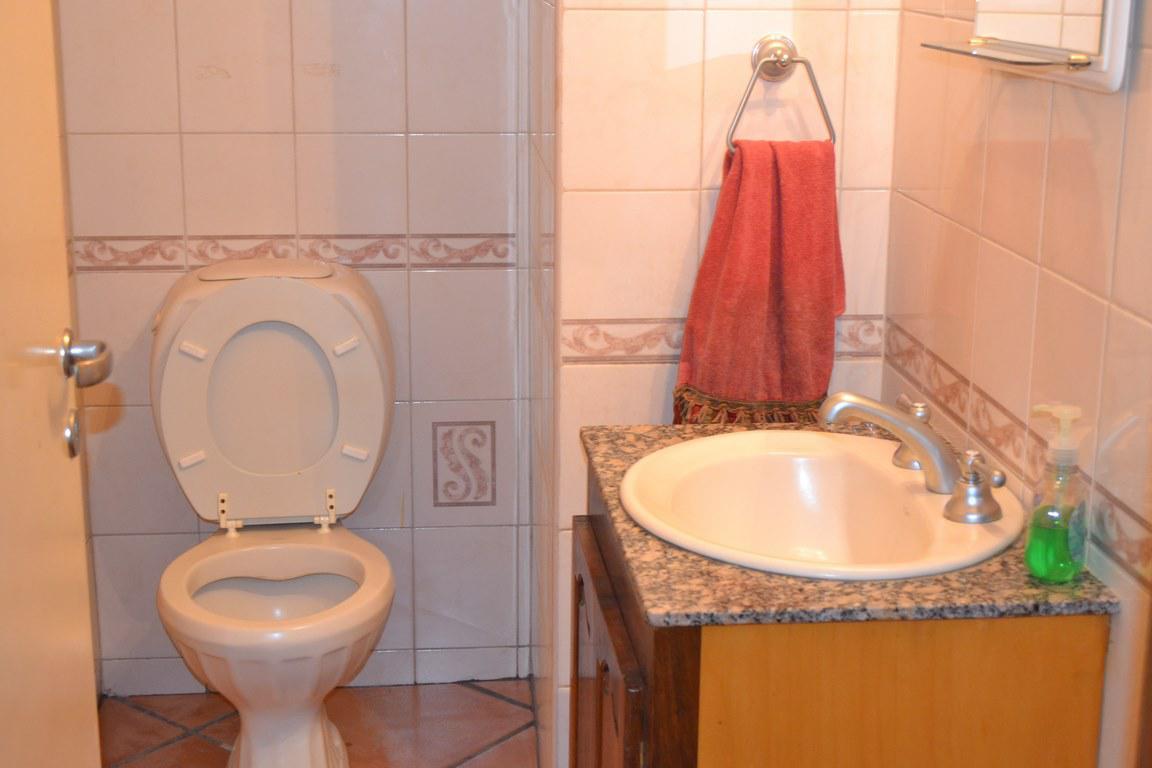 Foto Casa en Venta en  San Rafael ,  Mendoza  Casa proxima al aeropuerto
