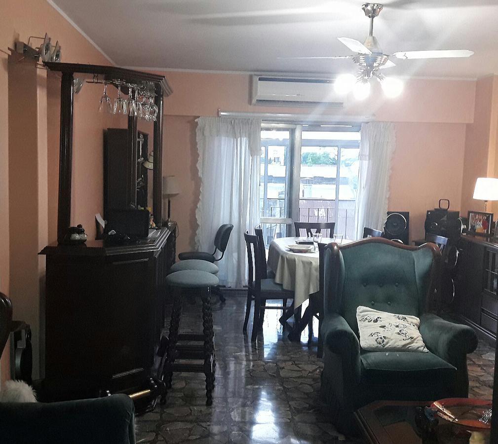 Foto Departamento en Venta |  en  Floresta ,  Capital Federal  Rivadavia al 8800