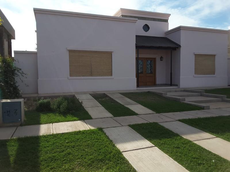 Foto Casa en Alquiler en  Mayor Drummond,  Lujan De Cuyo  Barrio Rincon de Drummond
