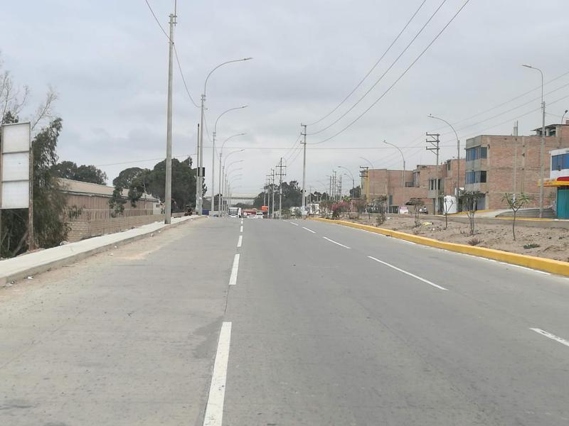 Foto Terreno en Venta en  Villa el Salvador,  Lima  AV MAGISTERIO S/N
