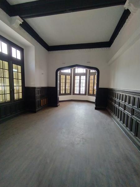 Foto Casa en Alquiler en  Nueva Cordoba,  Capital  Importante casa en Nueva Cordoba