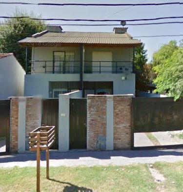 Foto Casa en Alquiler en  Barrio Parque Leloir,  Ituzaingo  10 de noviembre al 2100