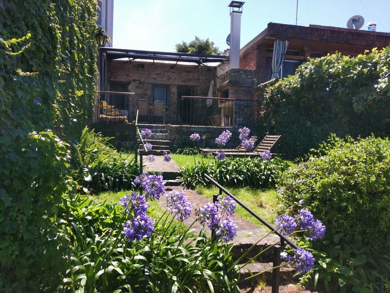 Foto Casa en Alquiler en  Colonia del Sacramento ,  Colonia  CALLE DEL COMERCIO  183