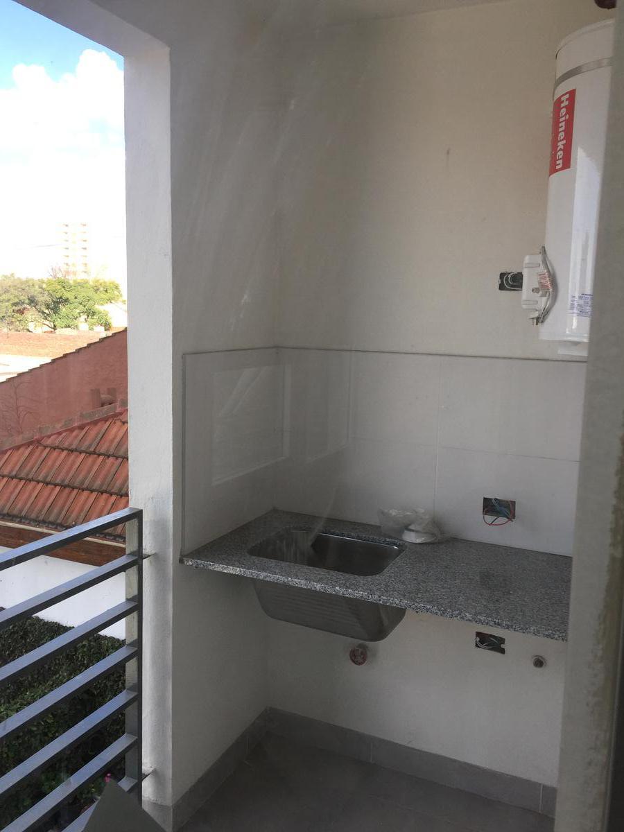 Foto Departamento en Venta en  Banfield Este,  Banfield  Alsina 304  3ºC   (OFERTA)