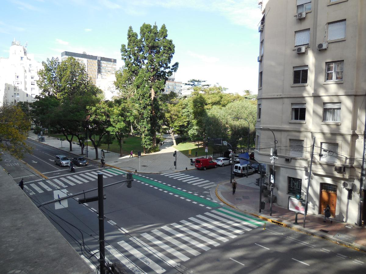 Foto Oficina en Alquiler   Venta en  Barrio Norte ,  Capital Federal  AV CORDOBA al 1300