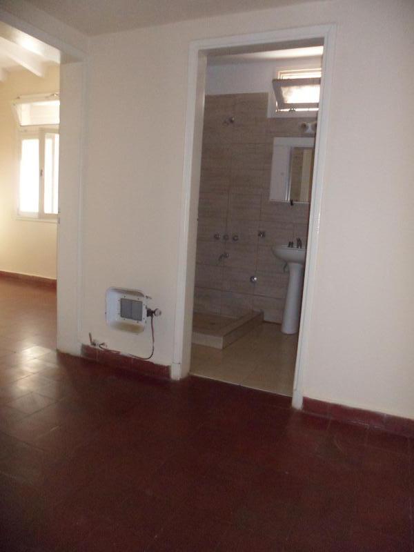 Foto Casa en Alquiler en  Capital ,  San Juan  guemes al 800