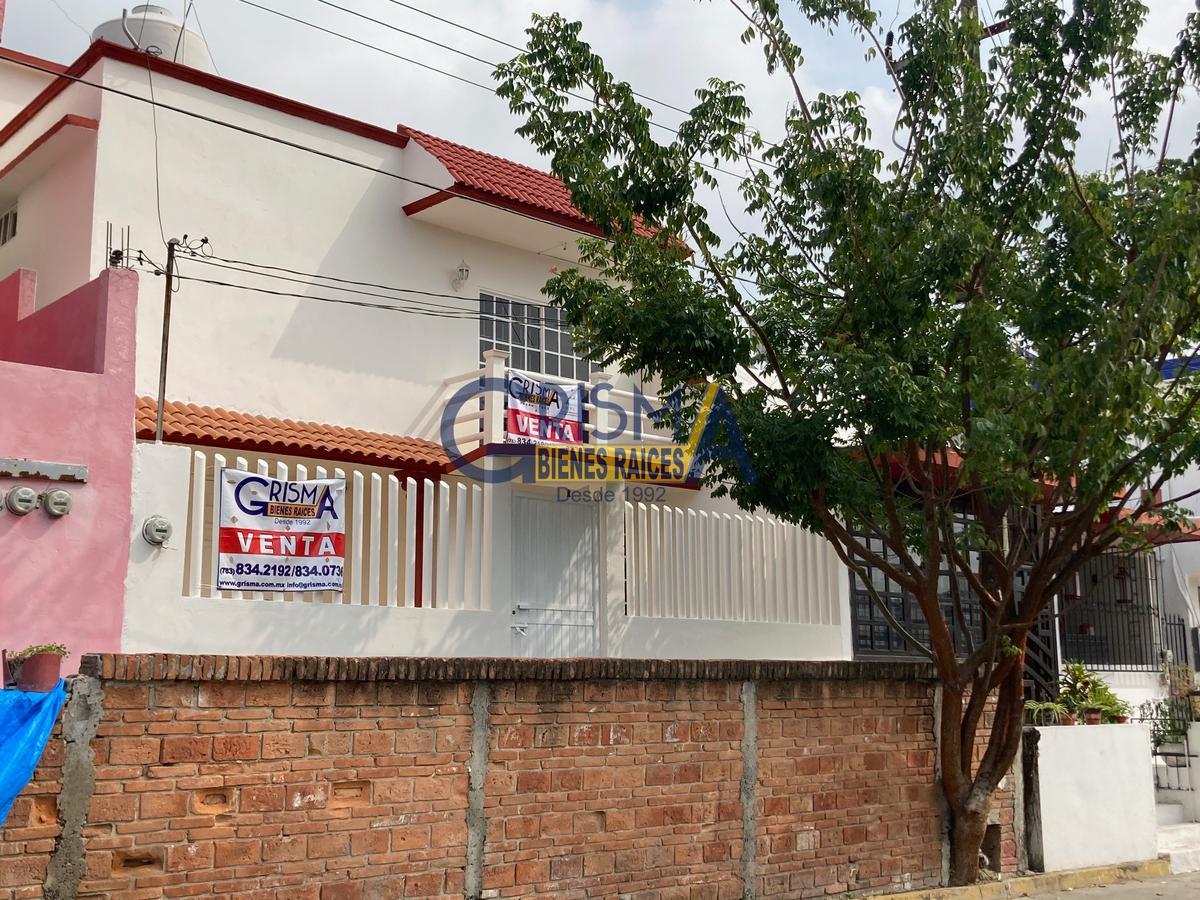 Foto Casa en Venta |  en  Tenechaco INFONAVIT,  Tuxpan  CASA REMODELADA INFONAVIT TENECHACO
