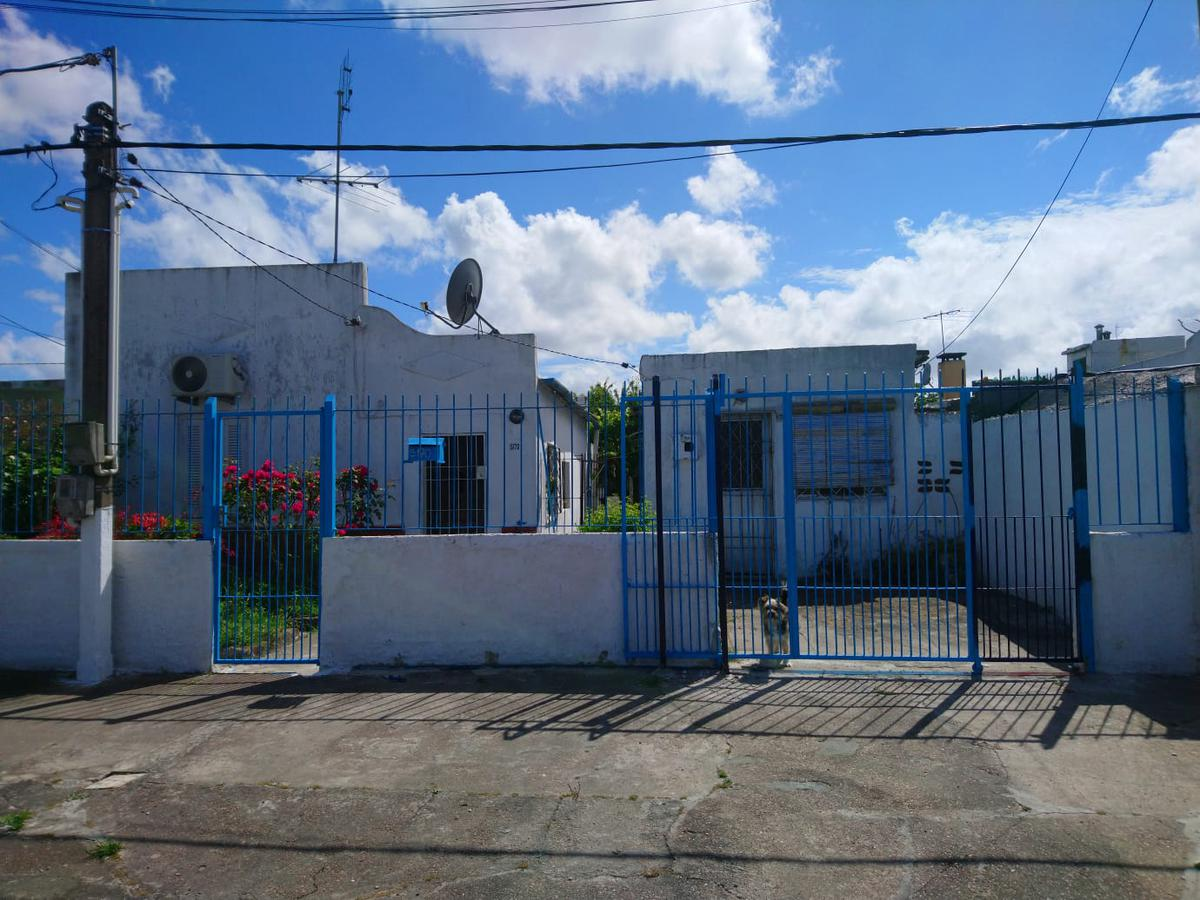 Foto Casa en Venta en  Sayago ,  Montevideo  Sayago