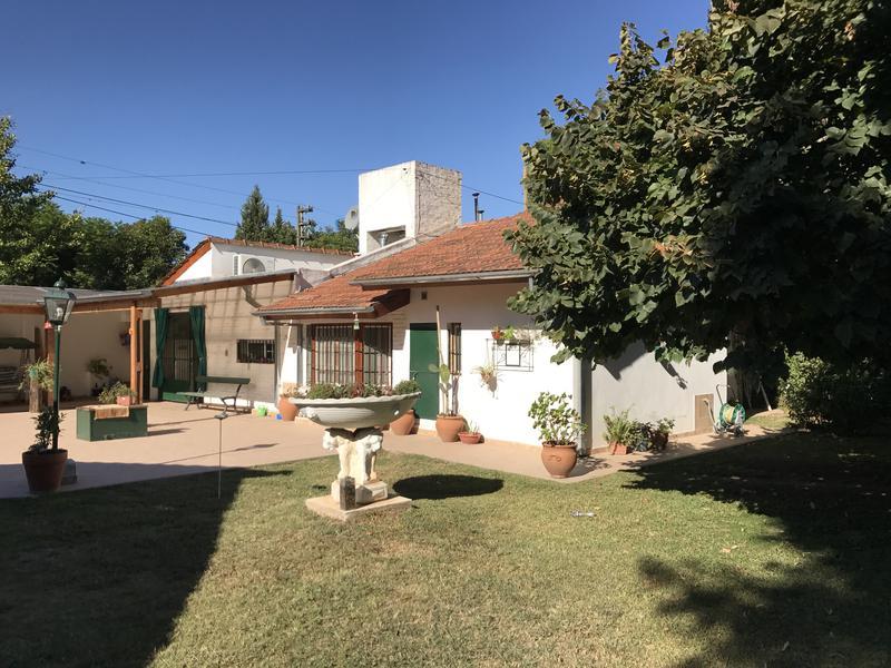 Foto Casa en Alquiler en  Belen De Escobar,  Escobar  Bernardo de Irigoyen y Las Casuarinas