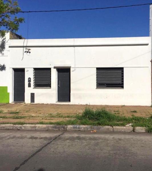 Foto Casa en Alquiler en  La Plata,  La Plata  La Plata