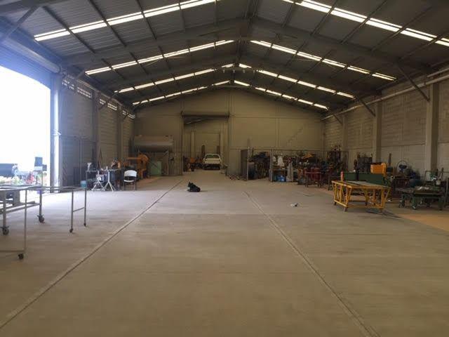 Foto Bodega Industrial en Venta en  Fraccionamiento Bugambilias,  Culiacán  BODEGA EN VENTA EN COLONIA BUGAMBILIAS